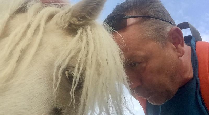 Udo Schönfelder mit einem Pony